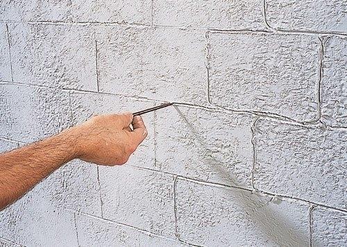 Кирпич на стене как сделать