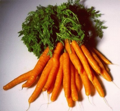 Как проще чистить морковку