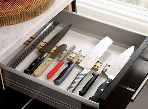 Хранение кухонных ножей.