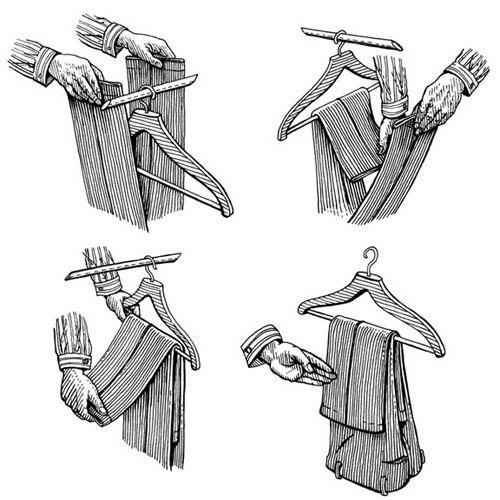 Как правильно повесить брюки.