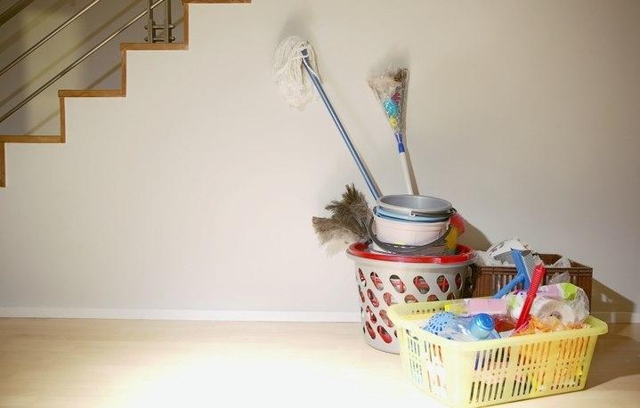 Как ухаживать за инвентарем для уборки квартиры