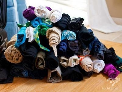 Чтобы во время путешествия одежда занимала меньше пространства и не мялась, не сворачивайте ее, а скручивайте валиком!