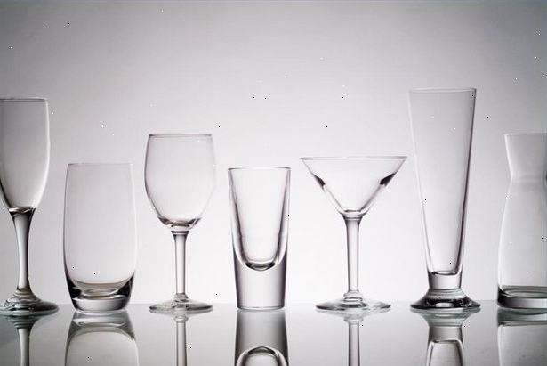 Новые стеклянные стаканы не будут биться