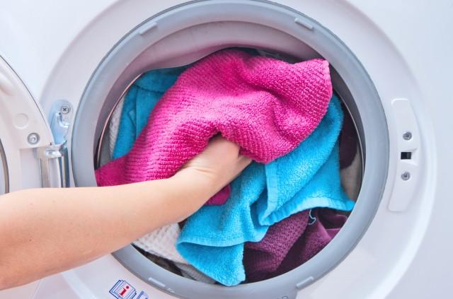 Как загружать белье «стиралку», чтобы она прослужила долго 0