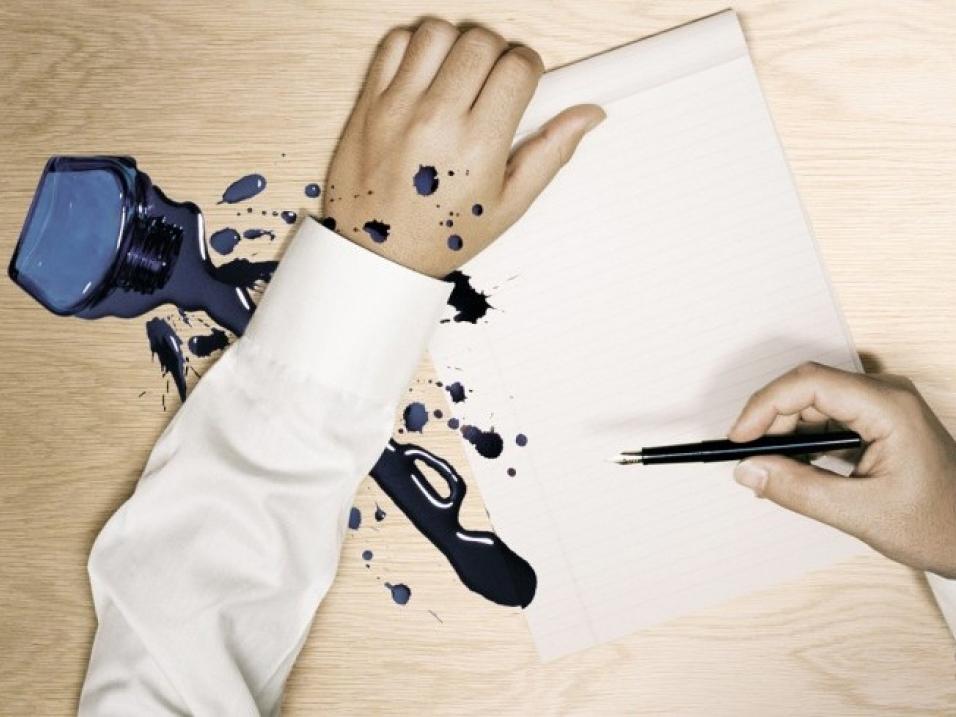 Чем можно вывести пятно от чернильной ручки фото