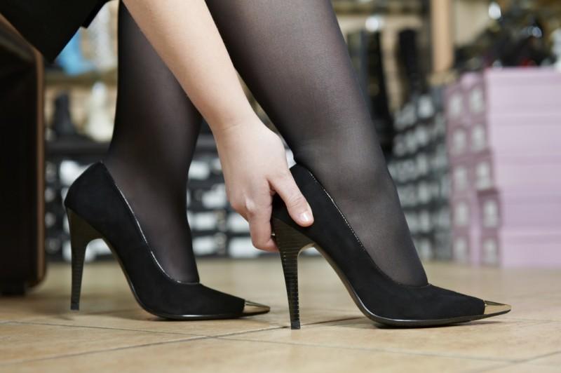 Новые туфли жмут и натирают как их разносить и избежать таких покупок