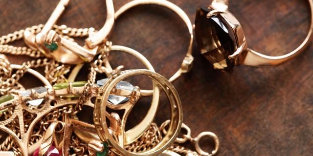 7 подсказок, которые помогут очистить золотые украшения 0