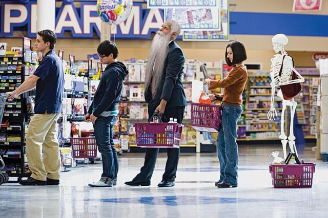 Как выбрать самую быструю очередь в супермаркете 0