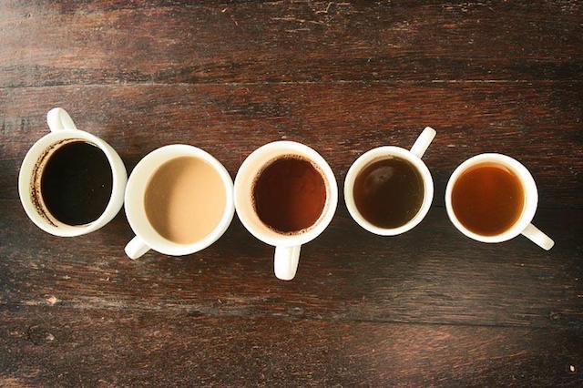Что лучше пить утром кофе или чай