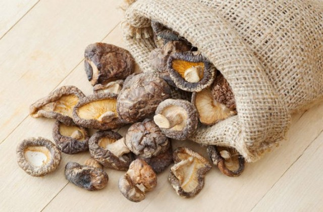 Как превратить сухие грибы в свежие? 0