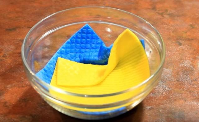 Как простелиризовать кухонные губки? 0