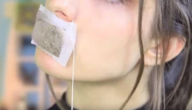 Как избавить губы от трещинок? 0