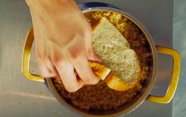 Что делать, если подгорел рис? 0