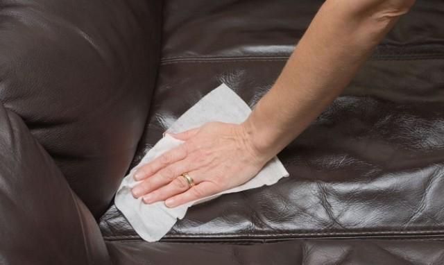Как почистить кожаный диван? 0