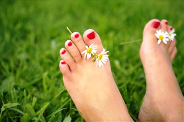 Как устранить неприятный запах ног? 0