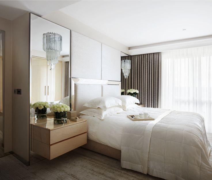 Как сделать маленькую спальню и красивой, и практичной, и удобной 3