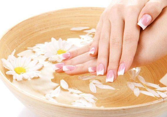 18 замечательных ванночек для укрепления ногтей 0