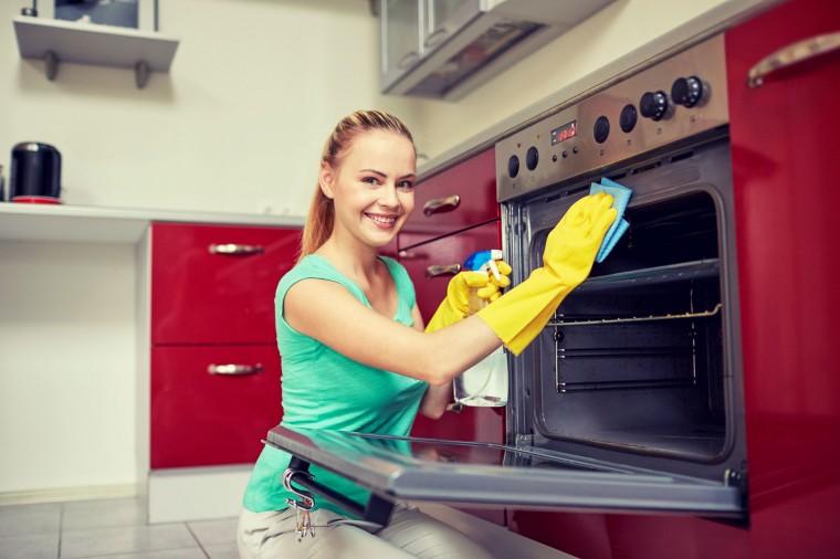 Как быстро отмыть кухонные шкафы от жира и грязи 0