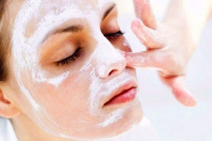 Маски из муки и молока, которые отлично подтягивают кожу