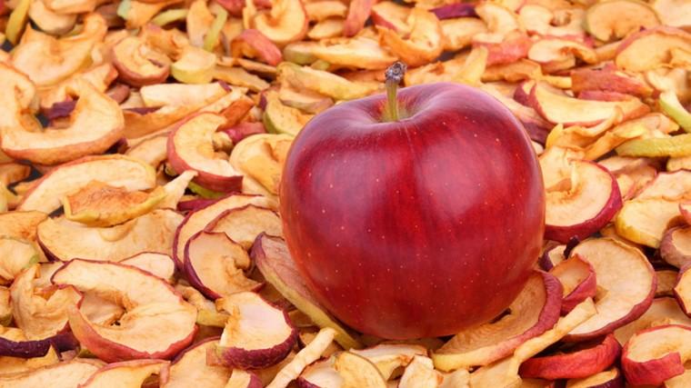 Почему полезно кушать сушеные яблоки 0