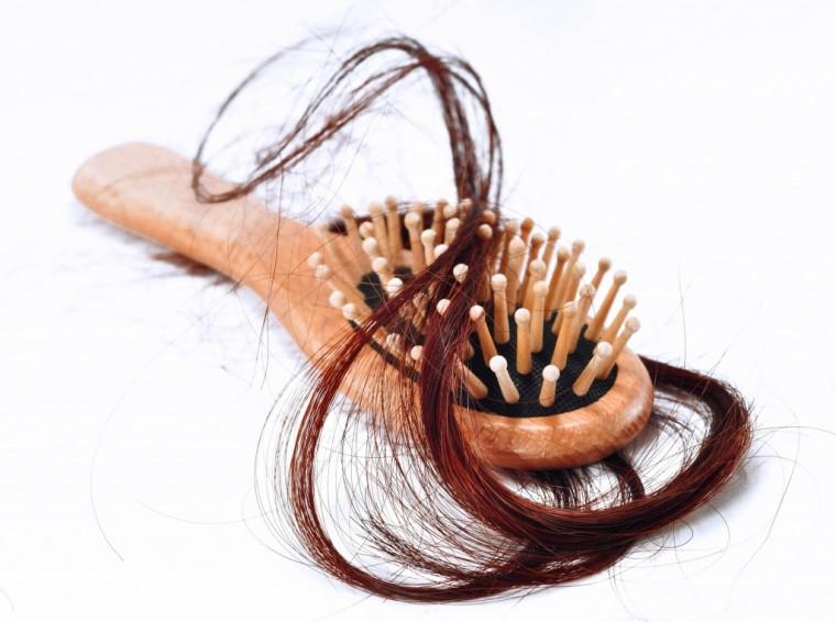 Какие привычки способствуют выпадению волос 0