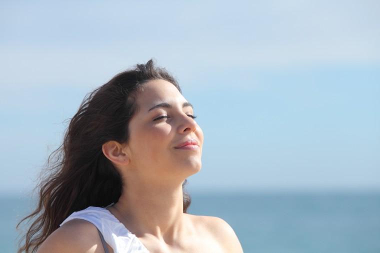 Простое и эффективное упражнение для диафрагмы и расслабления дыхания 0