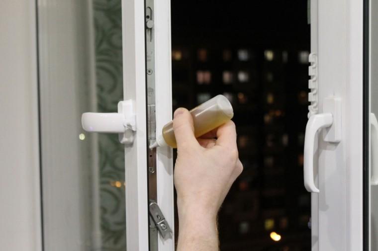 Как ухаживать за пластиковыми окнами и дверями правильно 0