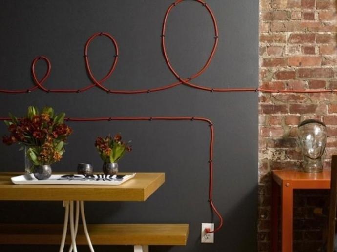 Оригинальные способы украшения стен электропроводами 3