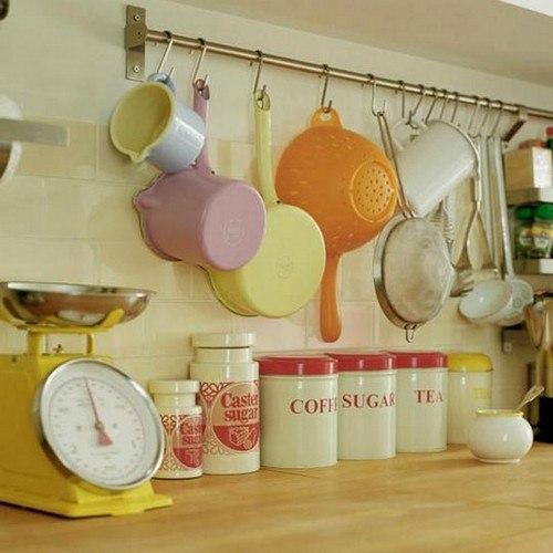 Как использовать рейлинги для кухни максимально полезно 9