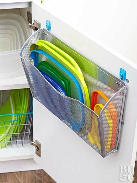Как удобно и компактно хранить пластиковые контейнеры 4