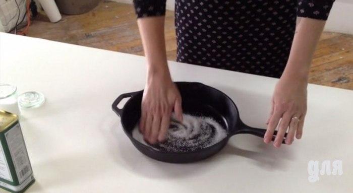 Как легко и быстро очистить чугунную сковороду 0