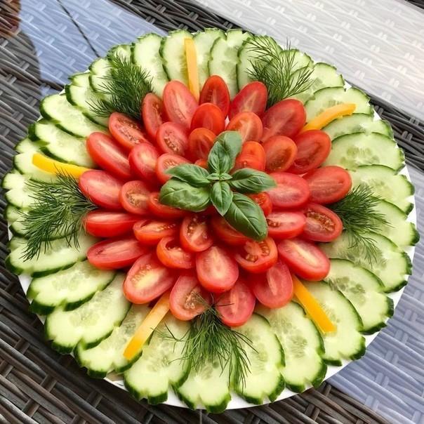 Много способов простого и красивого оформления овощной нарезки 4
