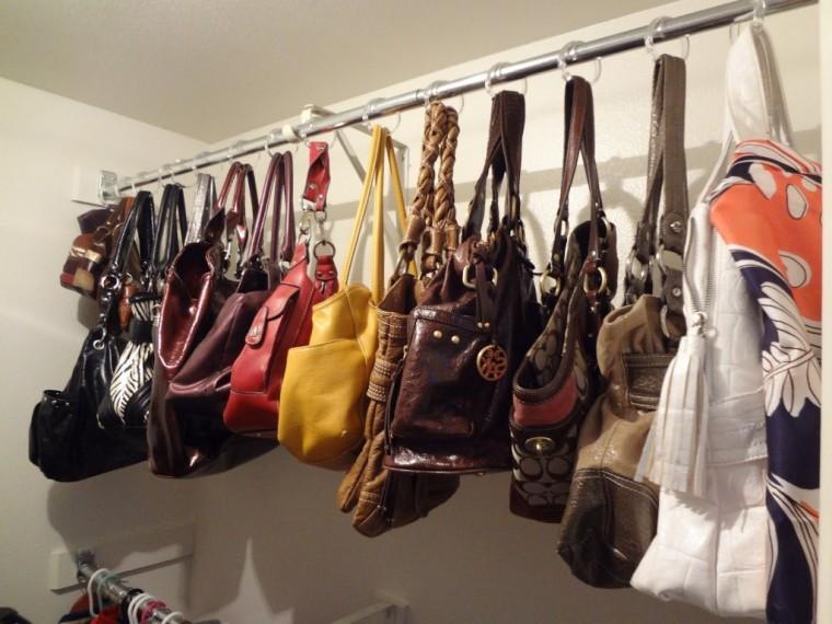 Храним женские сумочки лучшим образом 3