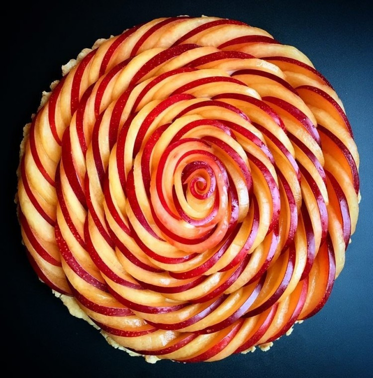 Интересные идеи декора пирогов 1