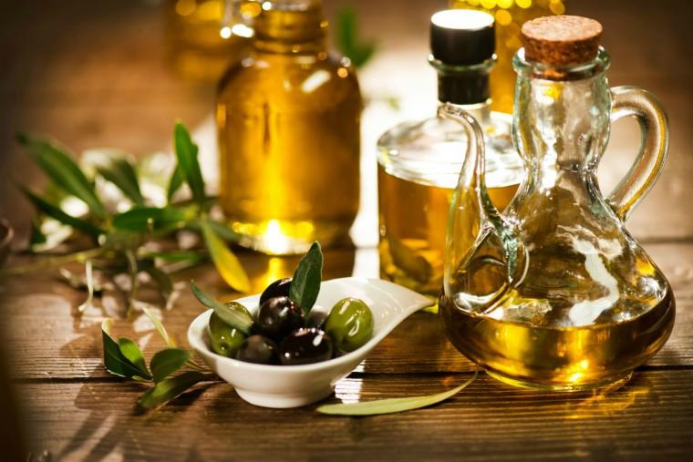 10 способов применения оливкового масла для красоты 0
