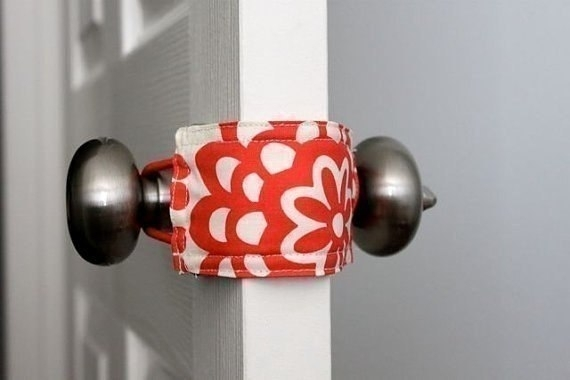 Простое решение для шумных дверей 0