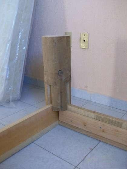 Кровать из дерева 3