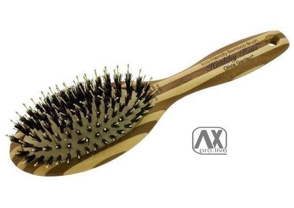 Оставьте на 15 минут щётку для волос с выдавленной на неё пеной для бритья 0
