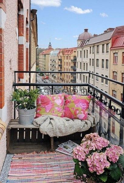 Подборка прекрасных идей для небольших балконов 5