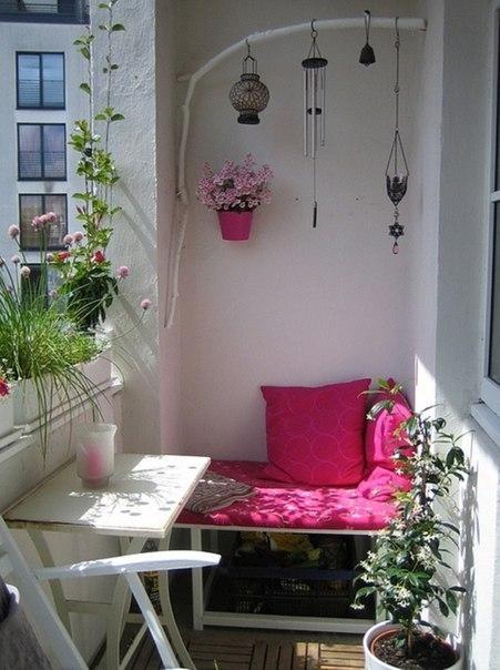 Подборка прекрасных идей для небольших балконов 6