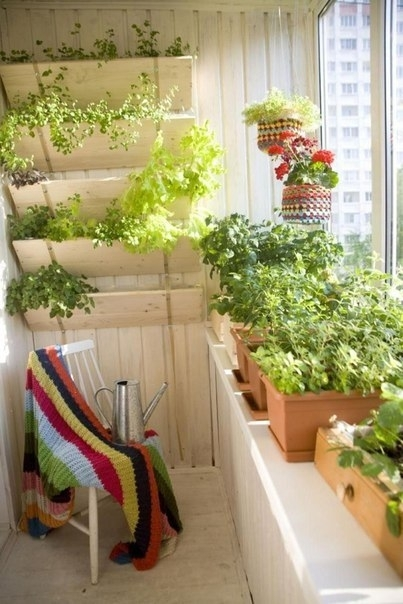 Подборка прекрасных идей для небольших балконов 8