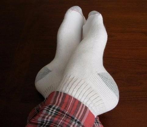Как отстирать белые носки 0